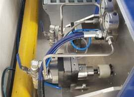 Industrial applicator for glues and other adhesives